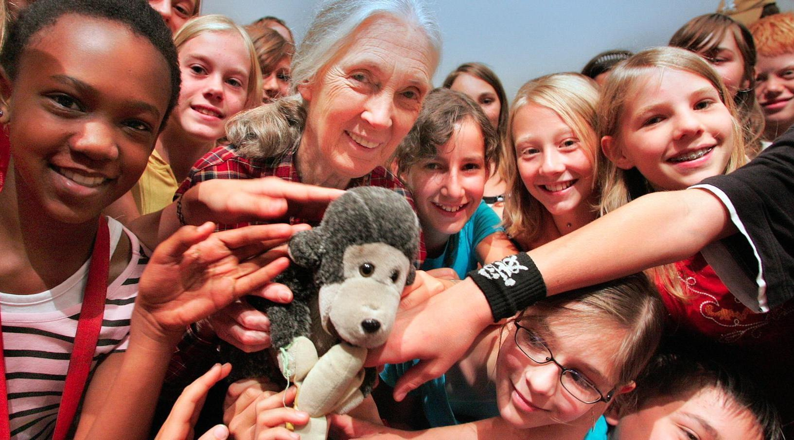 jane-goodall-roots-and-shoots